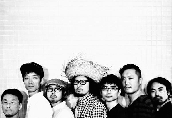 """【FRONTIER BACKYARD】#fby10th 12/14(日)""""10 surroundings""""の最終アーティスト!LOW IQ & ANOTHER BEAT BREAKER、YOUR SONG IS GOODの2組です! http://t.co/NxxQF88vY0"""