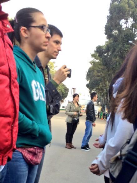 Cualquier cosa q les diga @MauricioJaramil de mi participación en #PolicíaPorUnDía está sujeto a verificación! Jajaja http://t.co/j61L2nTlIo