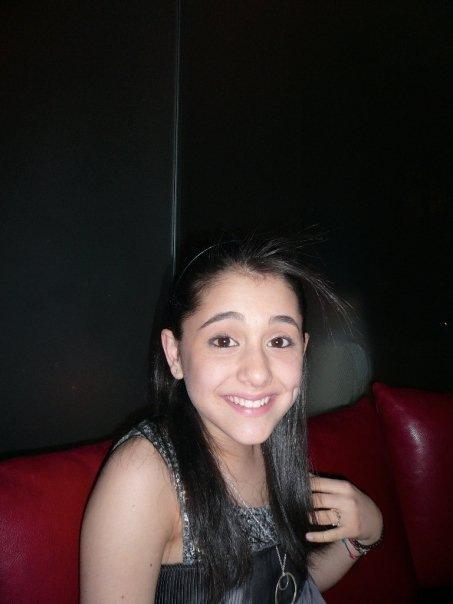 ariana grande old photos