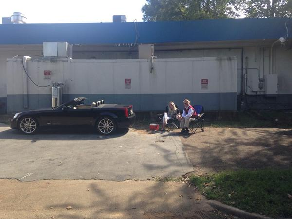 These Alabama fans, tailgating behind Oxford gas station, missed the Grove memo. http://t.co/QHxLMWVvkJ