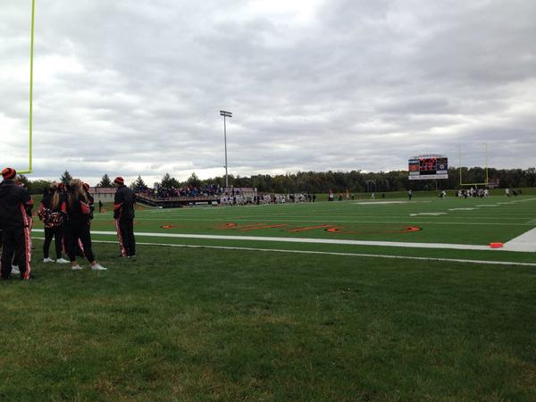 We have perfect seats on the field for today's game at Dial-Roberson Stadium. Score ONU 7 - John Carroll 0 http://t.co/KJnC4eUOvn
