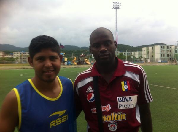 Asdrubal Gómez y Ángel Casseres, jugadores de Ortiz Fc y Academia Puerto Cabello, importante compromiso de 3era Div. http://t.co/K6cn43cdm8