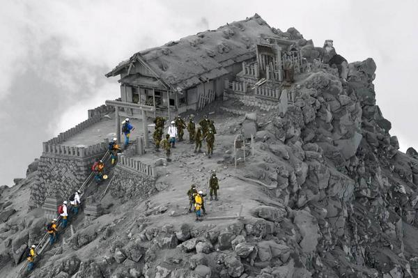 Not VFX. This was taken today on the ash-covered Ontake Shrine near the summit of Mount Ontake in central Japan. http://t.co/hR5I3SB1ic