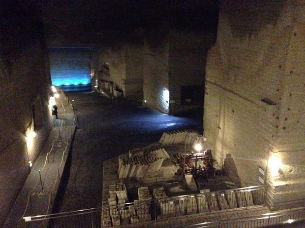 奈々ちゃんのオケファンPV撮影された大谷資料館の地下すごい http://t.co/HQFeZNw4Oa