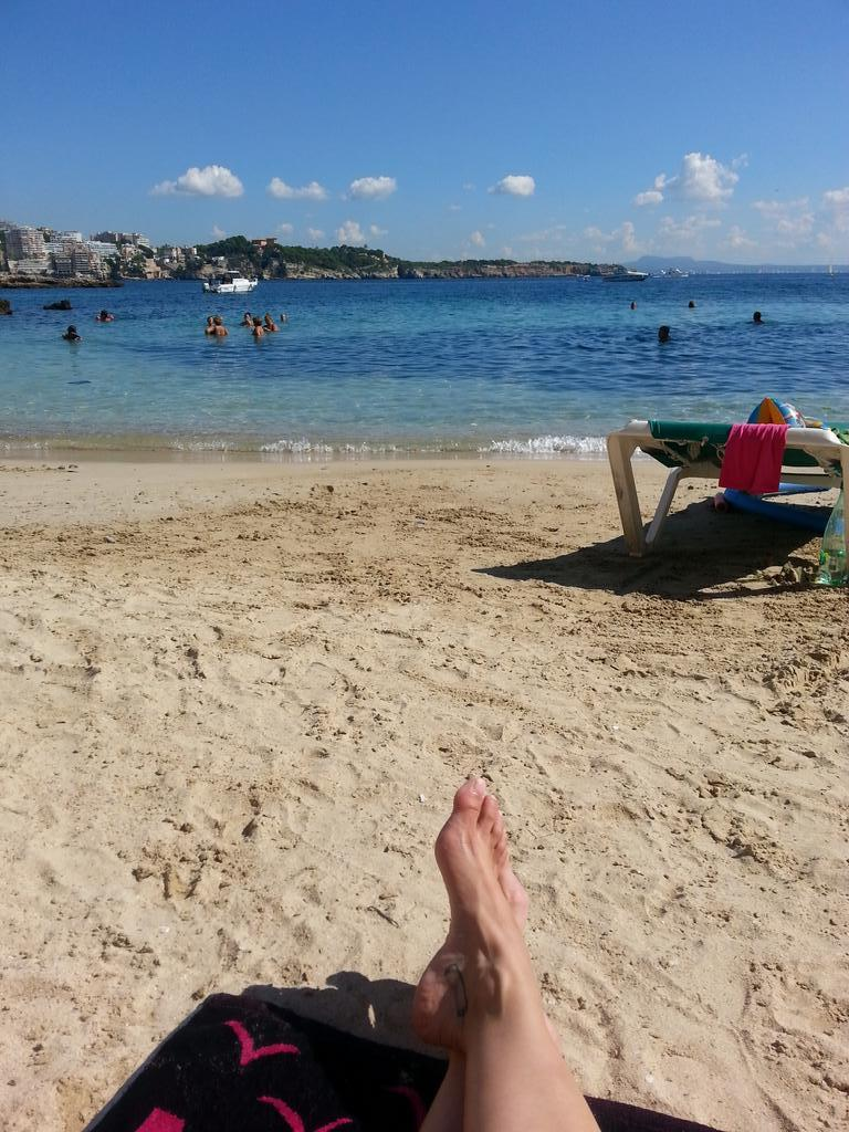 I had my ass in the water and toes in the sand...in Spain!! #PalmadeMallorca #toplessbeachess http://t.co/ykjL8LKjeZ