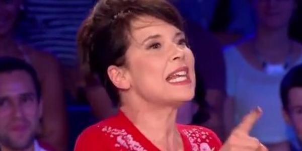 VIDÉO: #AnneDorval «consternée» par les propos homophobes d'Eric Zemmour #Mommy http://t.co/fDeumvLV51 http://t.co/d8Gqr6ftQA