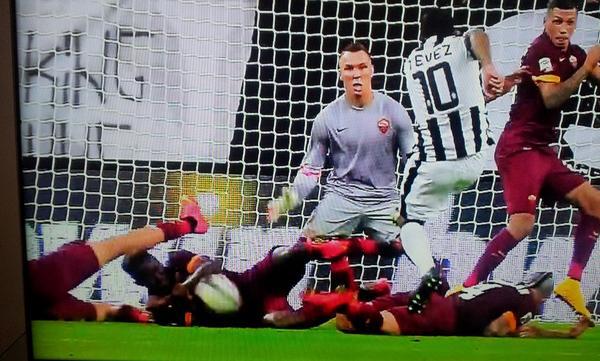 No handball? Ok. http://t.co/RZA4F28hRT
