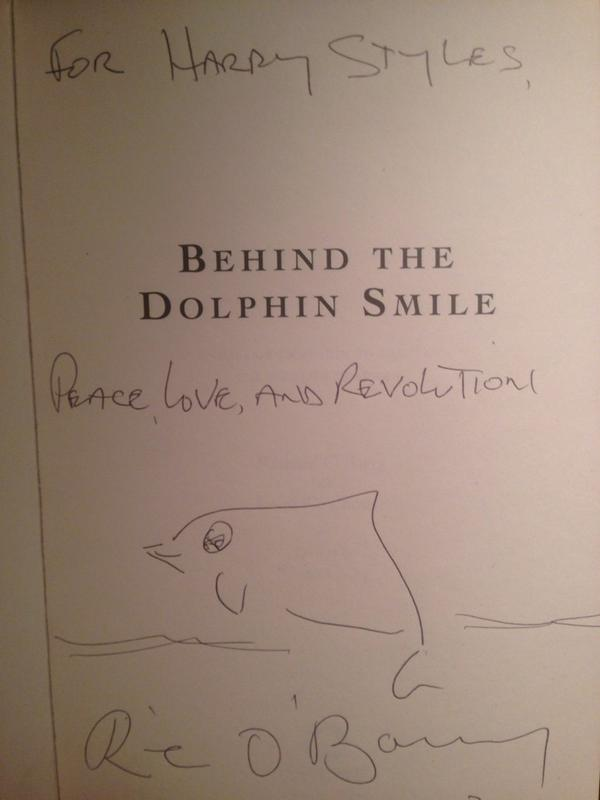Having lunch with a brilliant young lad @Dolphin_Project @Harry_Styles #LetsProtectDolphinsTogether #DolphinProject http://t.co/YFzLKYRKhC