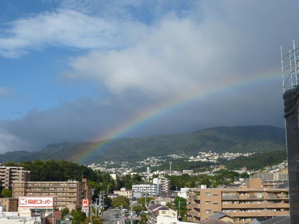 台風一過の西宮に虹。 http://t.co/5Ea7dNyvhE