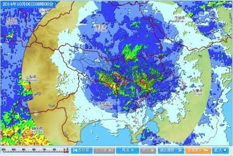 東京アメッシュで降雨エリアに抜けが見られるのは「ブライトバンド」ではなく,強い雨で反射エコーが小さくなる「降雨減衰」らしい… http://t.co/Q1mM6S796X