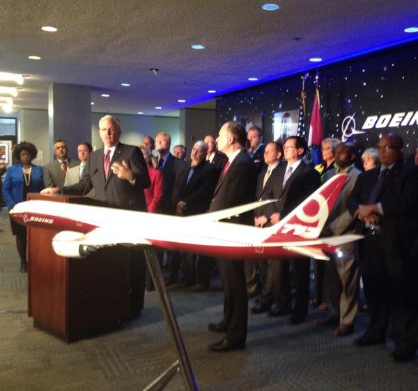 Gov. Jay Nixon announcing Boeing 777x jobs for St. Louis, MO
