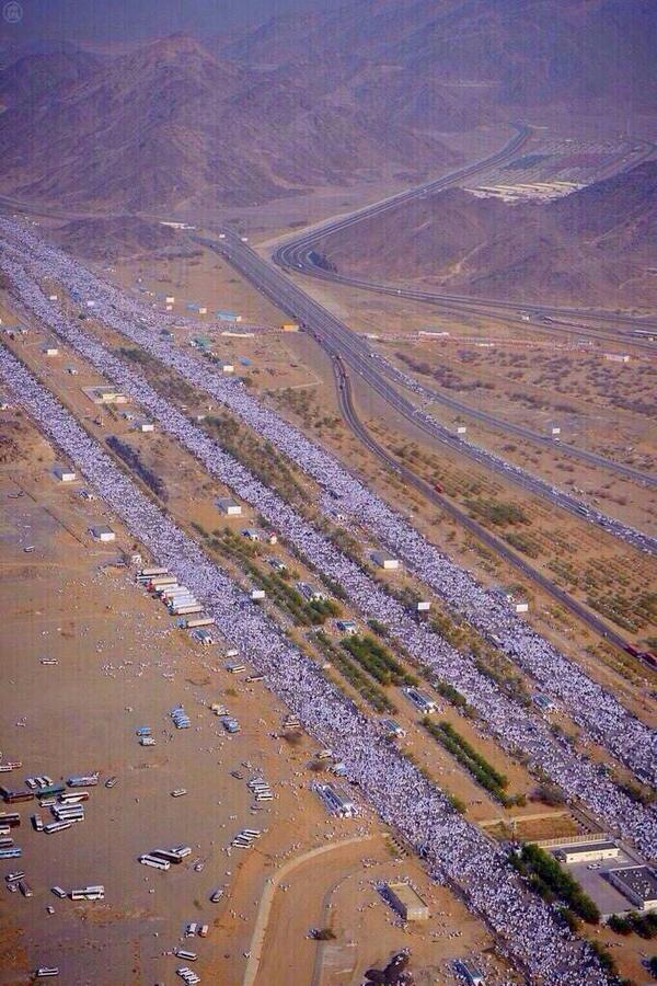 المسيرة الاجمل بالعالم ، لا أحزاب ولا سياسات .. لله وفي الله http://t.co/IxCY0sTbgd