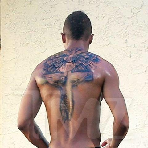 nick cannon tattoo - 634×708
