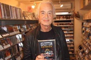 なはは!RT @Lv_VESPA_GTS250: ジミーペイジ氏が本日、西新宿のLHなお店に来店されたそうです~「もっとボブ・ディランのブートはないのか?」とのことですwロバート様はお気に召さないようで・・・・・。お店HPより引用。 http://t.co/buNdayH6Ra