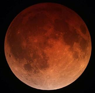 Tomorrow's total lunar eclipse: the best to see until early 2018. Totality will occur at 9:25pm AEDT (6:25pm AWST) http://t.co/B5QHQcWJO2