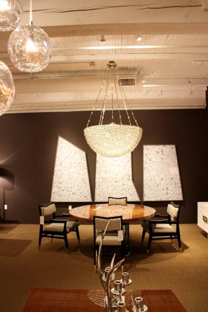 Best And Lloyd On Twitter Our Oyster Chandelier In The De Sousa Hughes Showroom Sanfransisco Lighting Interiordesign Design Bright