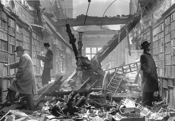 Business as Usual - #London Blitz damaged Holland House library 1940 #WW2  https://t.co/qPczIz2Rkb c @John_Rice__ #LestWeForget #photography