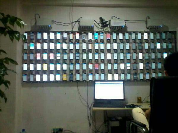 专业的黄牛们都是这样刷iPhone的 http://t.co/FwjOkzjQha