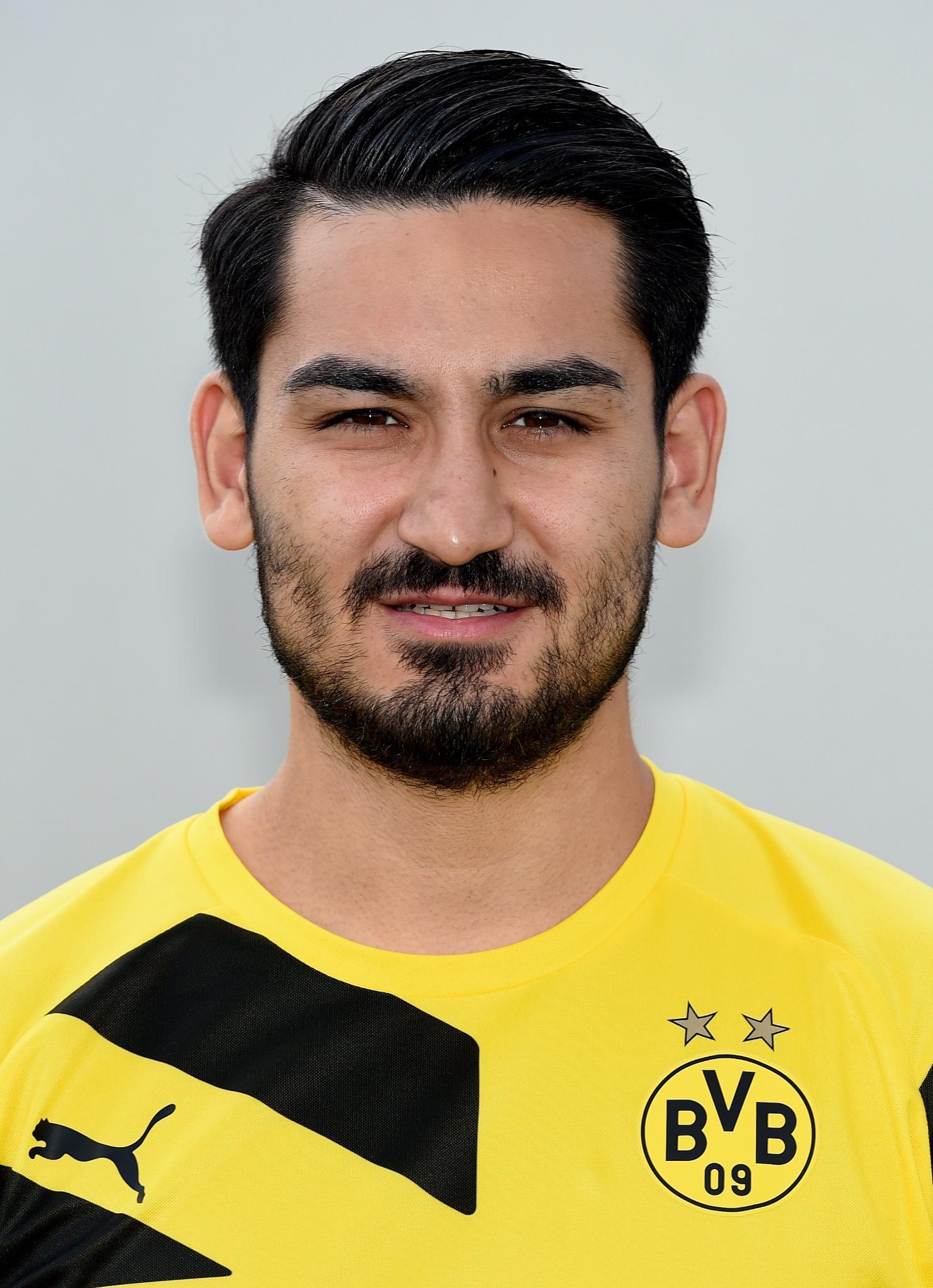 """☆ Team TheYear ☆ on Twitter """" BVB midfielder Ä°lkay Gündoğan"""