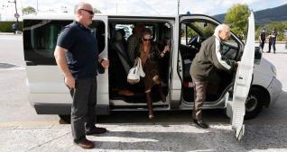 """Arsenio, 91 años, del occidente #Asturias: """"Desde el 68 sólo me perdí 3 partidos #RealOviedo"""" http://t.co/zT7doS0E8K http://t.co/d3DEW4vry9"""