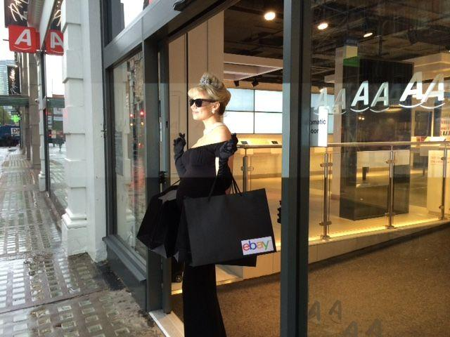 Channelling #BreakfastAtTiffanys for @eBay_UK #ClickAndCollect & loving the outfit! Try it at http://t.co/4Y7XKiNwYl http://t.co/8dTBGZcFWA