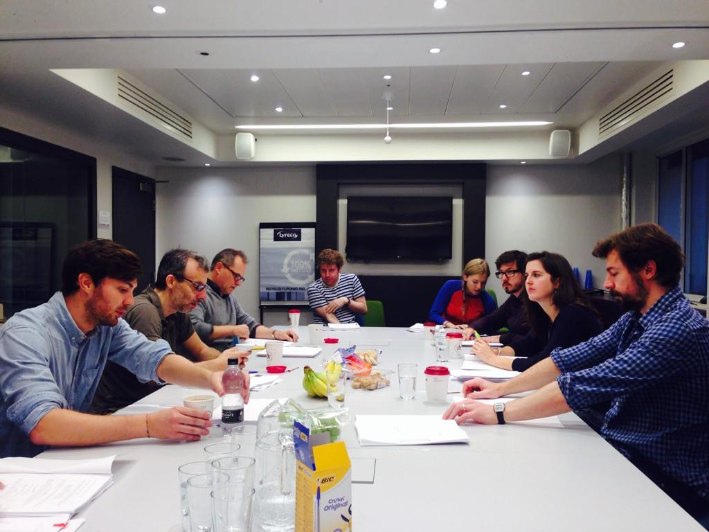 RT @TomCraine: 1st proper day of sitcom read throughs with @joshwiddicombe @TheRealJackDee @davidschneider. Ridiculously excited. http://t.…