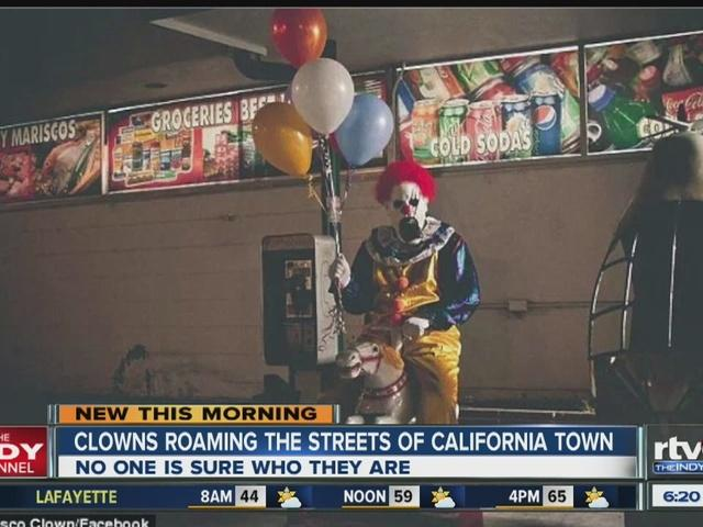 Creepy clowns haunt California town http://t.co/1VVguCo3Gj http://t.co/qG9q4h5sxA