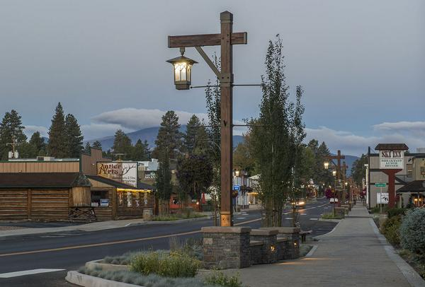Sternberg Lighting on Twitter  Sisters Oregon beautified their downtown with new Sternberg decorative Prairie fixtures on Timberwood poles. ... & Sternberg Lighting on Twitter: