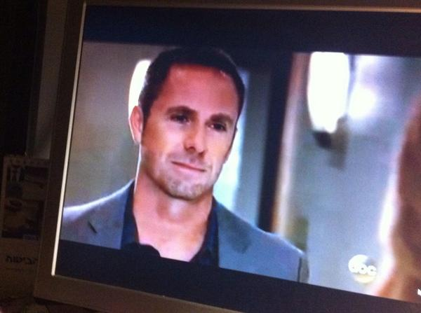 Julian refuses to give up #gh #julexis @WilliamdeVry1