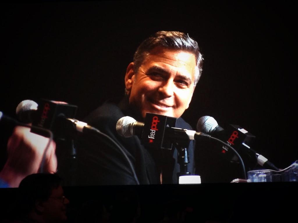 George Clooney Tomorrowland visit ComicCon New York in October BzhkMbaIYAEA5py