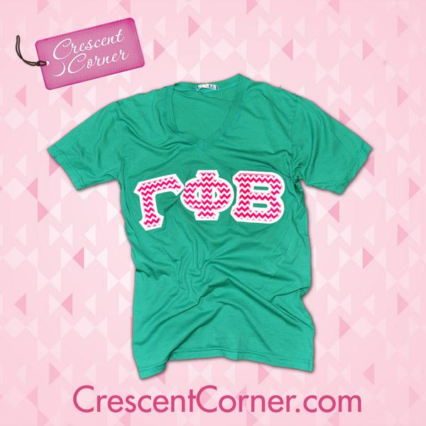 Too cute! RT for a chance to win this magenta chevron lettered v-neck and all October #TrendyThursday items! http://t.co/WADGImzyDo