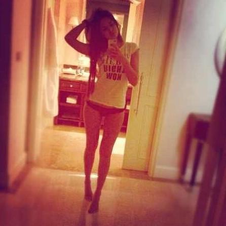 Viktoriya on Twitter: Just chillin :) #teen #selfie #ff #