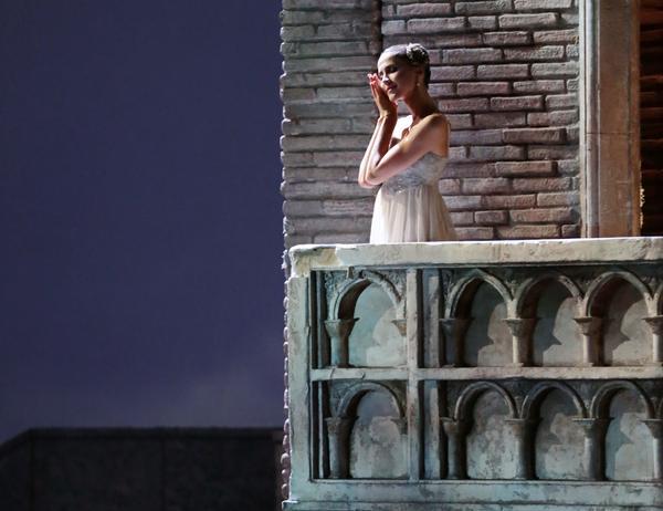 Foto - Romeo e Giulietta (Teatro alla Scala)