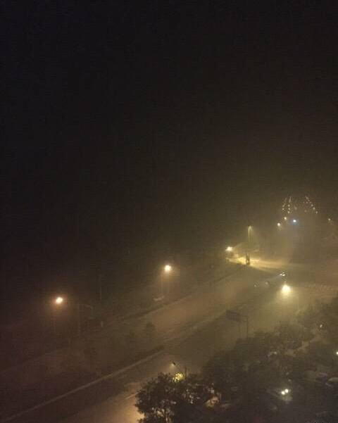 Beijing at night: friends and family said their eyes hurt even when they are inside these days in BJ. #pollution http://t.co/eLykGuhrt0
