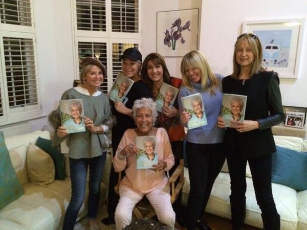 Best friends forever !! Lynda's biggest fans!! http://t.co/XIhF52zkXL