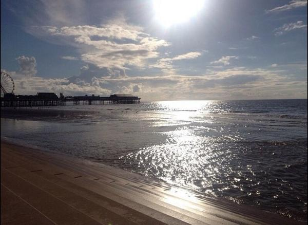 Blackpool today ... http://t.co/hW9I273Opa
