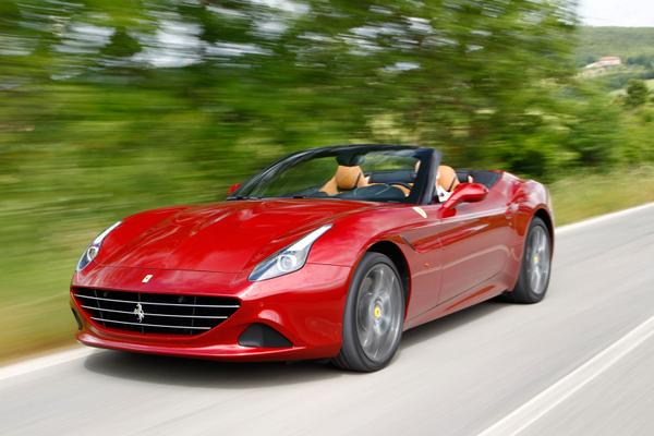 2015 Ferrari California T - OFFICIAL Trailer  http://t.co/ml3MyMq5cM http://t.co/lwkDOthad9