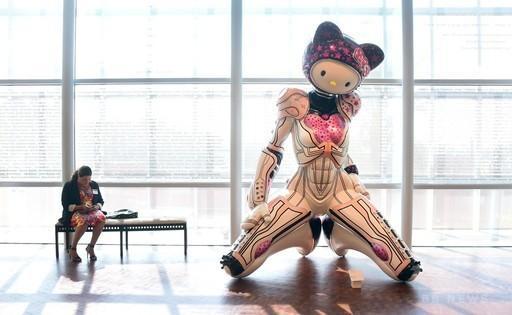 キティちゃん誕生40周年、北米初の記念展示会 http://t.co/gpfKm79izT : Photo http://t.co/5vzg8YaefJ