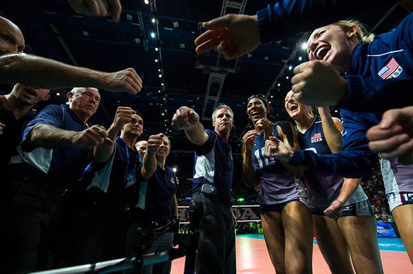 #GoUSA! #TeamUSA plays #TeamChina today for GOLD at FIVB World Championship @FIVBWomensWCH http://t.co/Qev9Enqzfe http://t.co/bToHUyBBr4