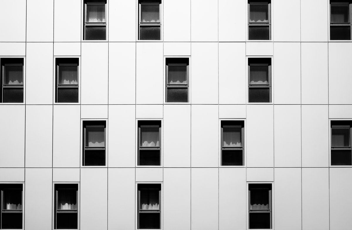 A nicely observed composition from the streets of Bristol, courtesy of @TheGreenAlbum #WexMondays https://t.co/raOwwdQZgN