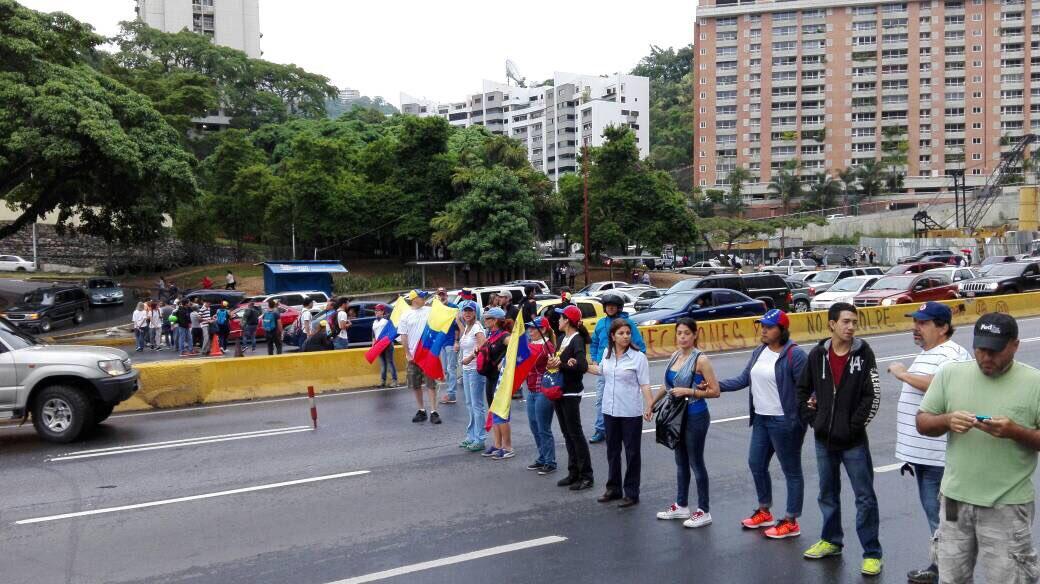 Oposición se concentrará este miércoles en el distribuidor Altamira