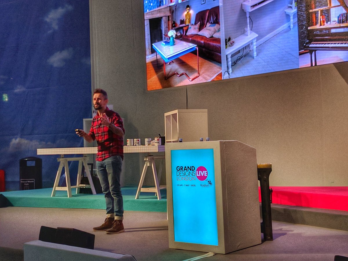 Good talk by @maxreestore at #granddesignslive on #upcycling https://t.co/ZeLL2Hll9m