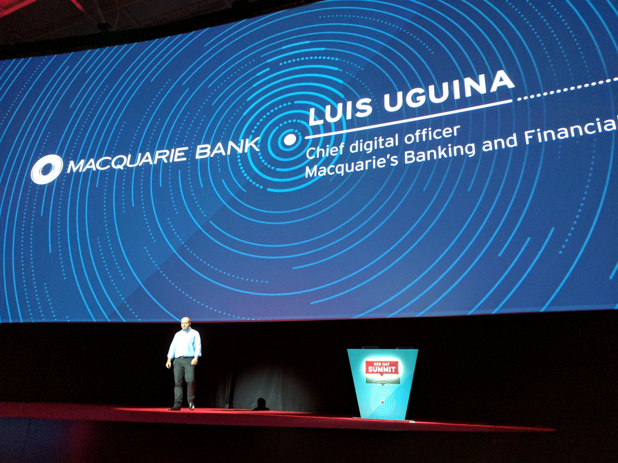 Next up -  @RedHat innovator of the Year -  @luguina of @macquariebank from downunder #RHSummit https://t.co/sOKJvTfzNa