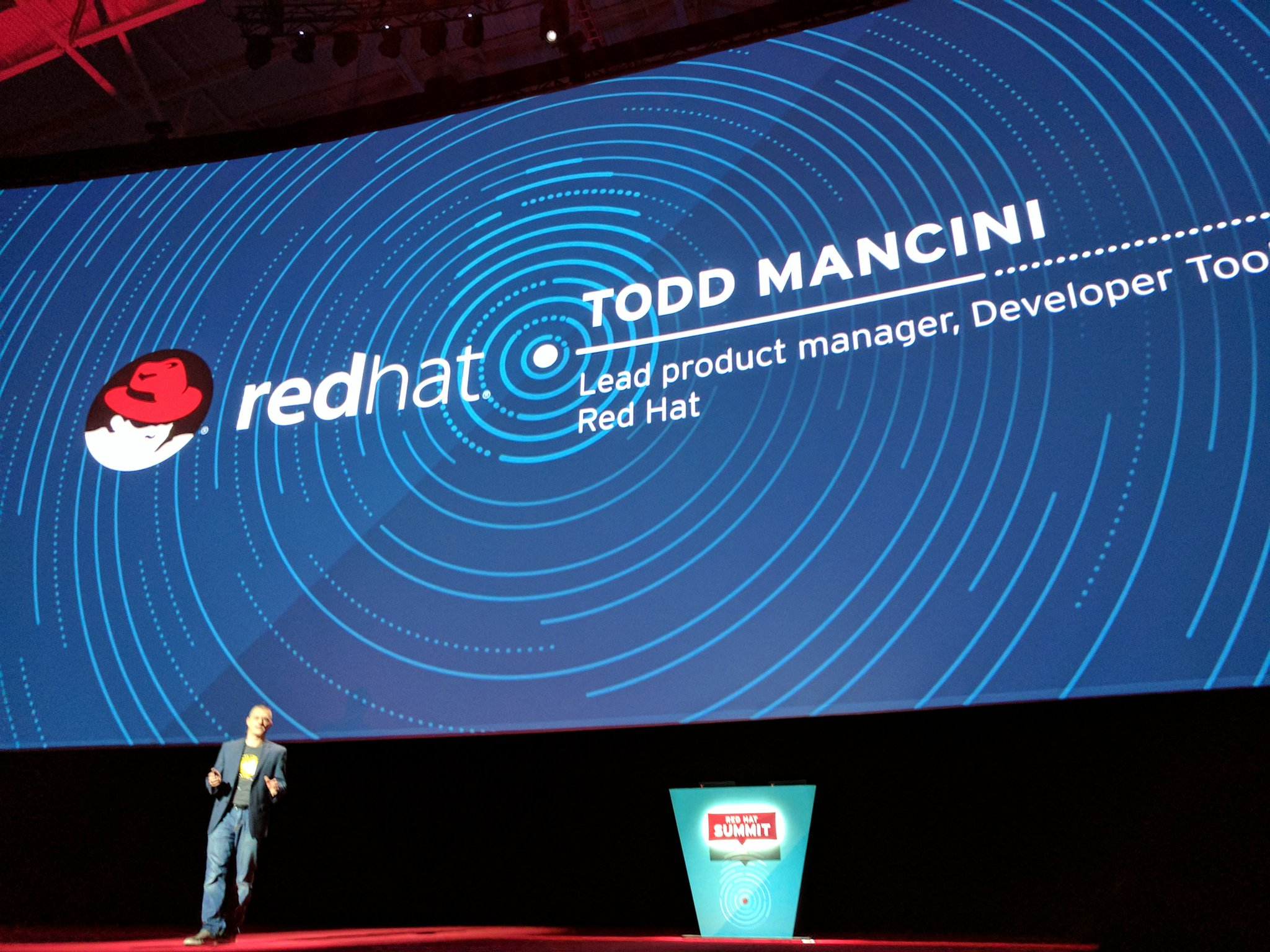 Next up - @ToddMancini on how @RedHatNews Wants to win over developers - more #Cloud native development #RHSummit https://t.co/GzNaw4tZrE