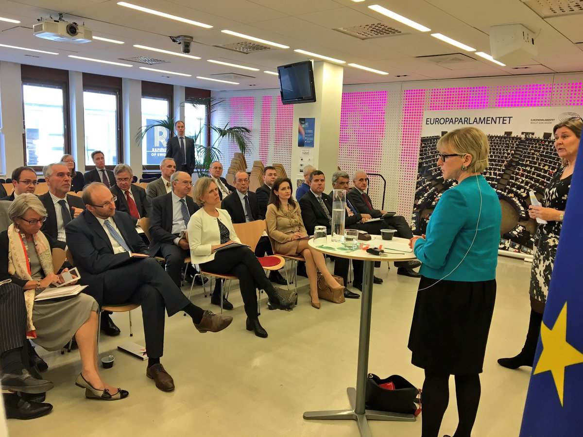 Always good to meet the EU countries' ambassadors in Stockholm. Discussion among friends about security in Europe among other things.
