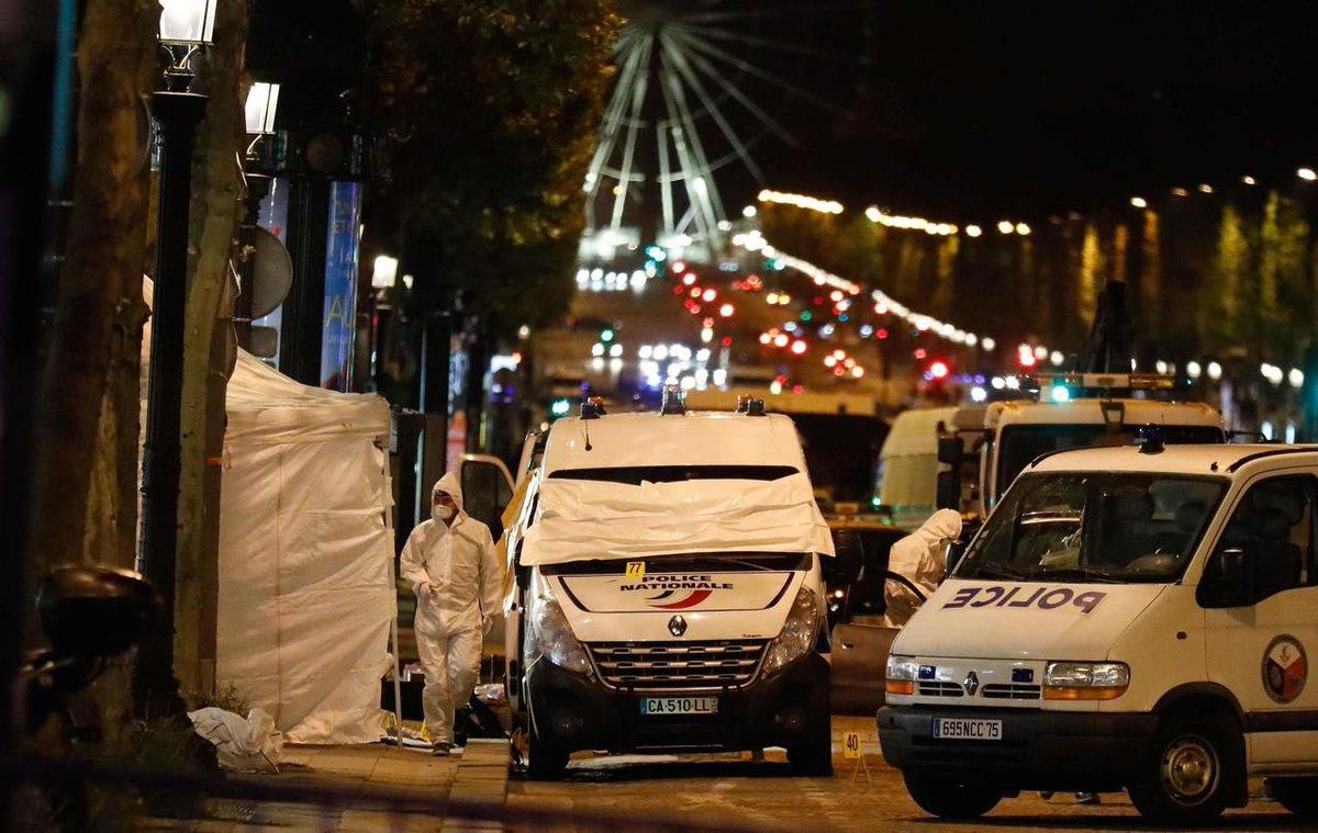 (Le Parisien) #Chelles. Le père de #Karim Cheurfi mis en examen pour apologie du..  https://www. titrespresse.com/36991771612/ch elles-karim-cheurfi-examen-apologie-terrorisme  … pic.twitter.com/dlQLZa8ySB
