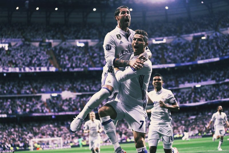 What an all round performance! And that man again @Cristiano ⚽⚽⚽ #HalaMadrid