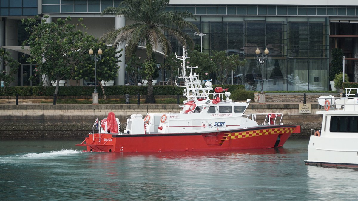 "Singapore Civil Defence Force on Twitter: ""Rapid Response Fire Vessels  launched by Min Shanmugam at SCDF Workplan Seminar this morning.🛥🚨… """
