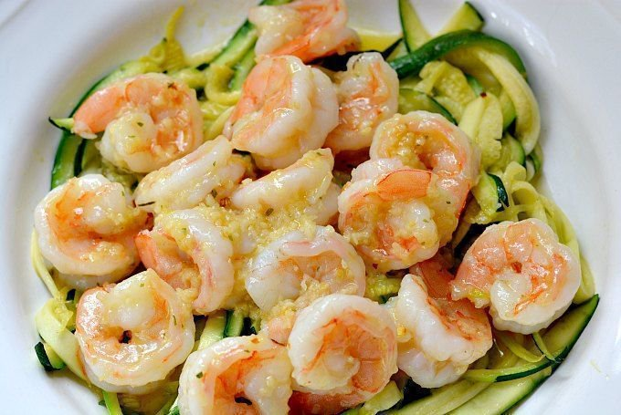 Healthy Shrimp Scampi Recipe with Zucchini Noodles