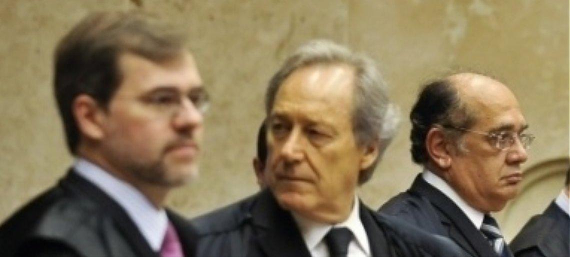STF se posicionou pela manutenção das prisões em casos semelhantes ao de José Dirceu > https://t.co/xnUI6xPkSj